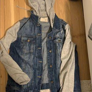 Jean jacket / sweatshirt